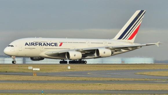 الخطوط الفرنسية تستأنف رحلاتها الخاصة بين باريس وثلاث مدن مغربية