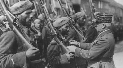 حفل بهولندا وفاءا لذاكرة الجنود المغاربة الذين قتلوا في حرب تحريرها