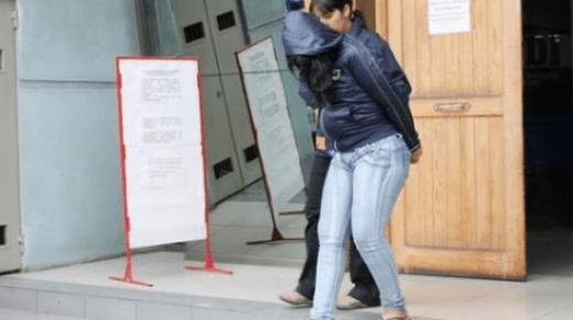 اسبانيا .. اعتقال مغربية قتلت رضيعتها بضربة على الرأس