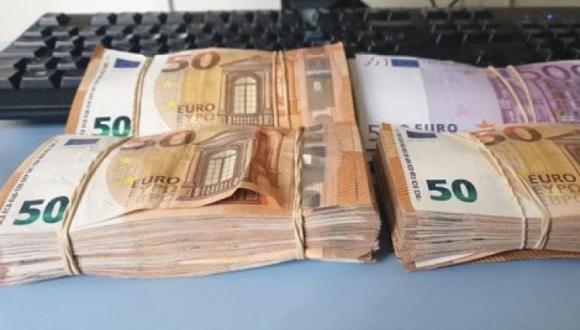"""جمارك """"بني أنصار"""" تحبط تهريب 32 ألف يورو"""