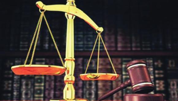 الدكاترة العدول الموقوفي التنفيذ يعلنون تضامنهم مع وزير العدل (+بلاغ)