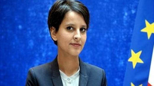 نجاة بلقاسم تحافظ على منصبها كوزيرة في الحكومة الفرنسية الجديدة