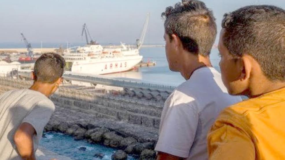 """مطالب بتدخل الداخلية لكشف مصير 6 مغاربة فُقدوا أثناء محاولتهم الهجرة نحو """"الكناري"""""""