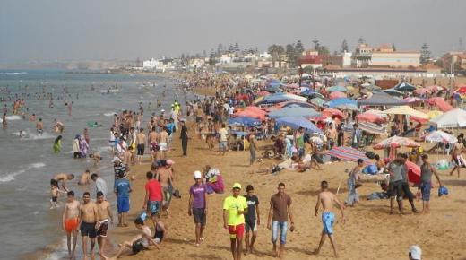 بينها شاطئ قرية أركمان.. 25 شاطئ على المستوى الوطني يحضى باللواء الأزرق