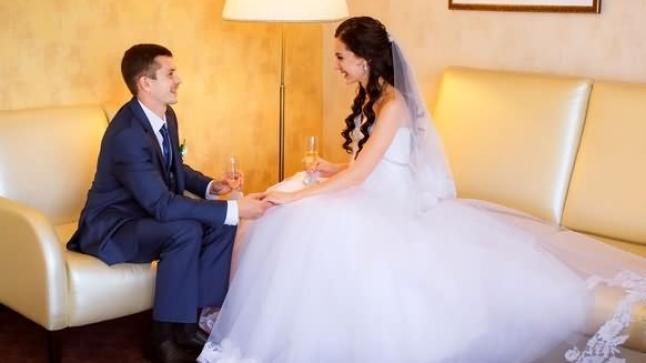 للعروس.. دليلك إلى حميمية الليلة الأولى