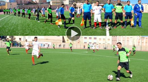 فريق بني شيكر الرياضي يكتسح شباب أزغنغان بخماسية وينفرد بصدارة سبورة الترتيب