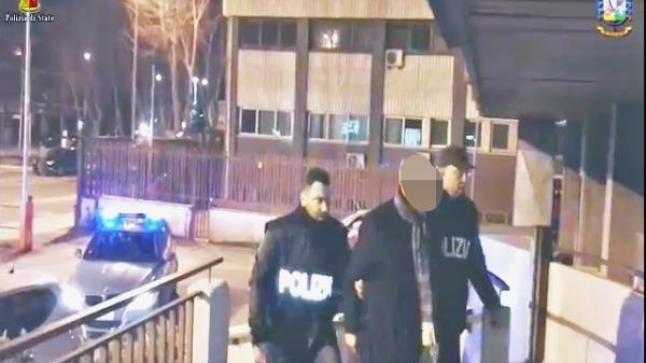 بالفيديو: إعتقال رئيس مركز إسلامي بإيطاليا وحجز مبلغ مالي ضخم وجد في حسابه الخاص
