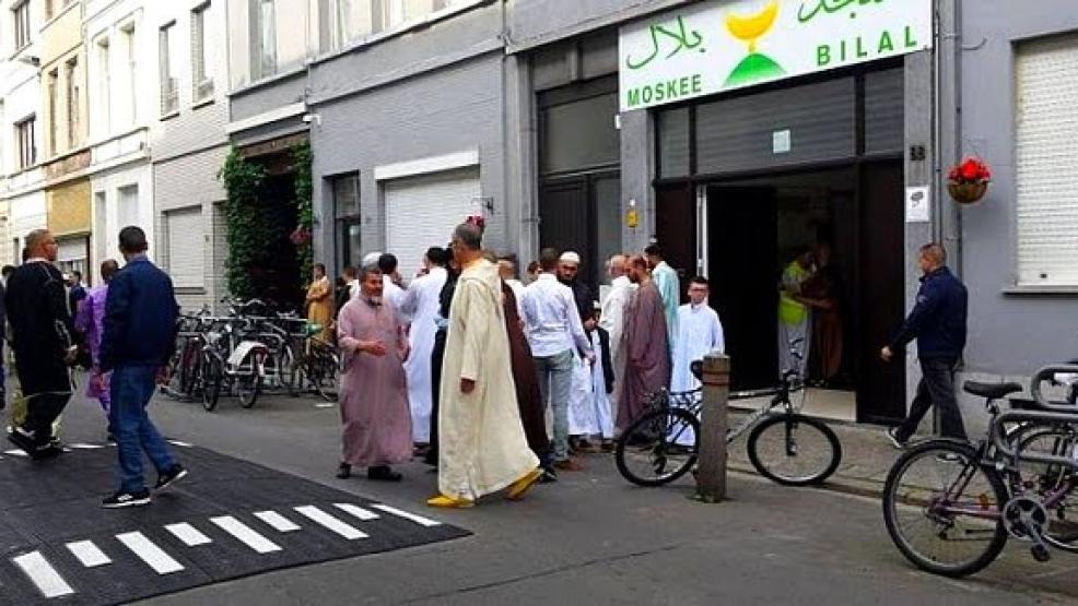 هكذا أضحى النموذج المغربي للتدين طاغياً على المشهد الديني ببلجيكا وأوروبا