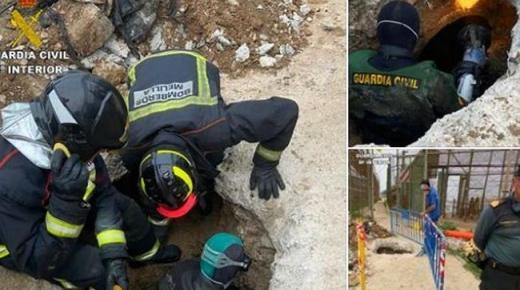 مصرع شبان مغاربة حاولوا التسلل إلى مليلية عبر أنابيب الصرف الصحي