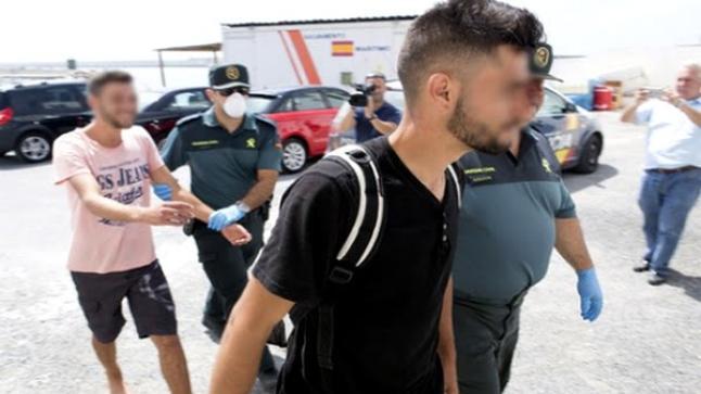 """الحرس الاسباني يوقف 7 مهاجرين إنطلقوا من الحسيمة على متن دراجات """"جيت سكاي"""""""