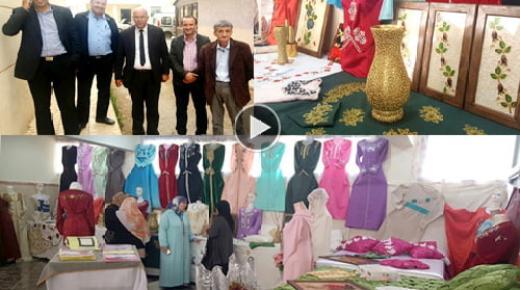 حميد بوزيان يشرف على افتتاح معرض المنتوجات اليدوية لرائدات النادي النسوي ببني شيكر (فيديو وصور)