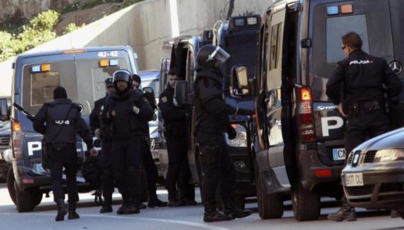 الأمن الإسباني يستنفر قواته بعد دعوات عنصرية للإحتجاج ضد المهاجرين