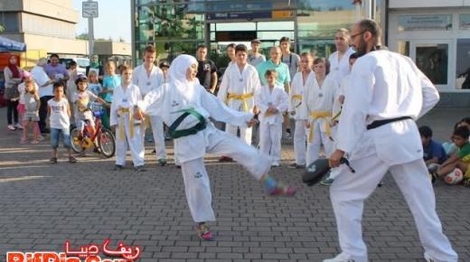 """إستعراض في رياضة التايكوندو مع جمعية """"تون جيماندا"""" بألمانيا (فيديو وصور)"""