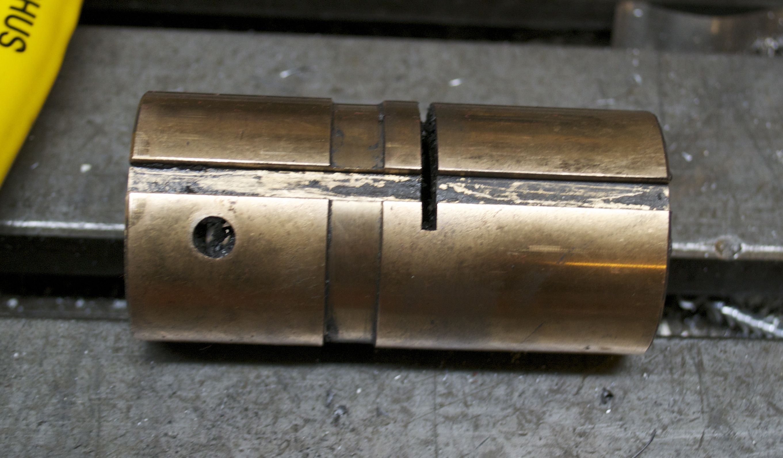 Eliminate Milling Machine Backlash Splitting A Bridgeport