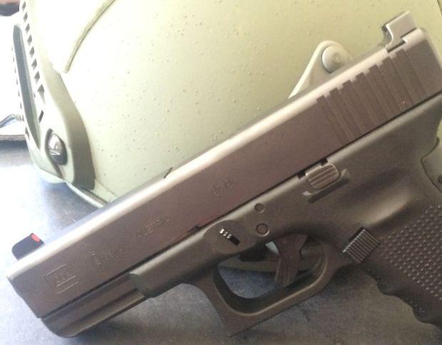 trijicon HD rear sights on Glock 19