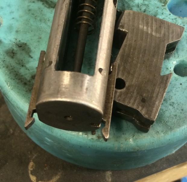 moss 500 two extractors