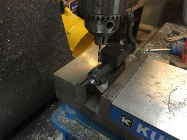 700 SAKO extractor test fit extractor