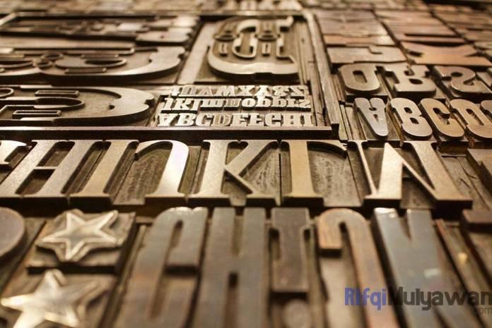 Gambar Mentahan Edit Foto Typography