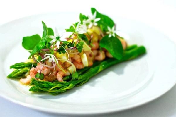 Fjordrejer og asparges