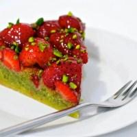 Jordbærtærte med pistaciemasse