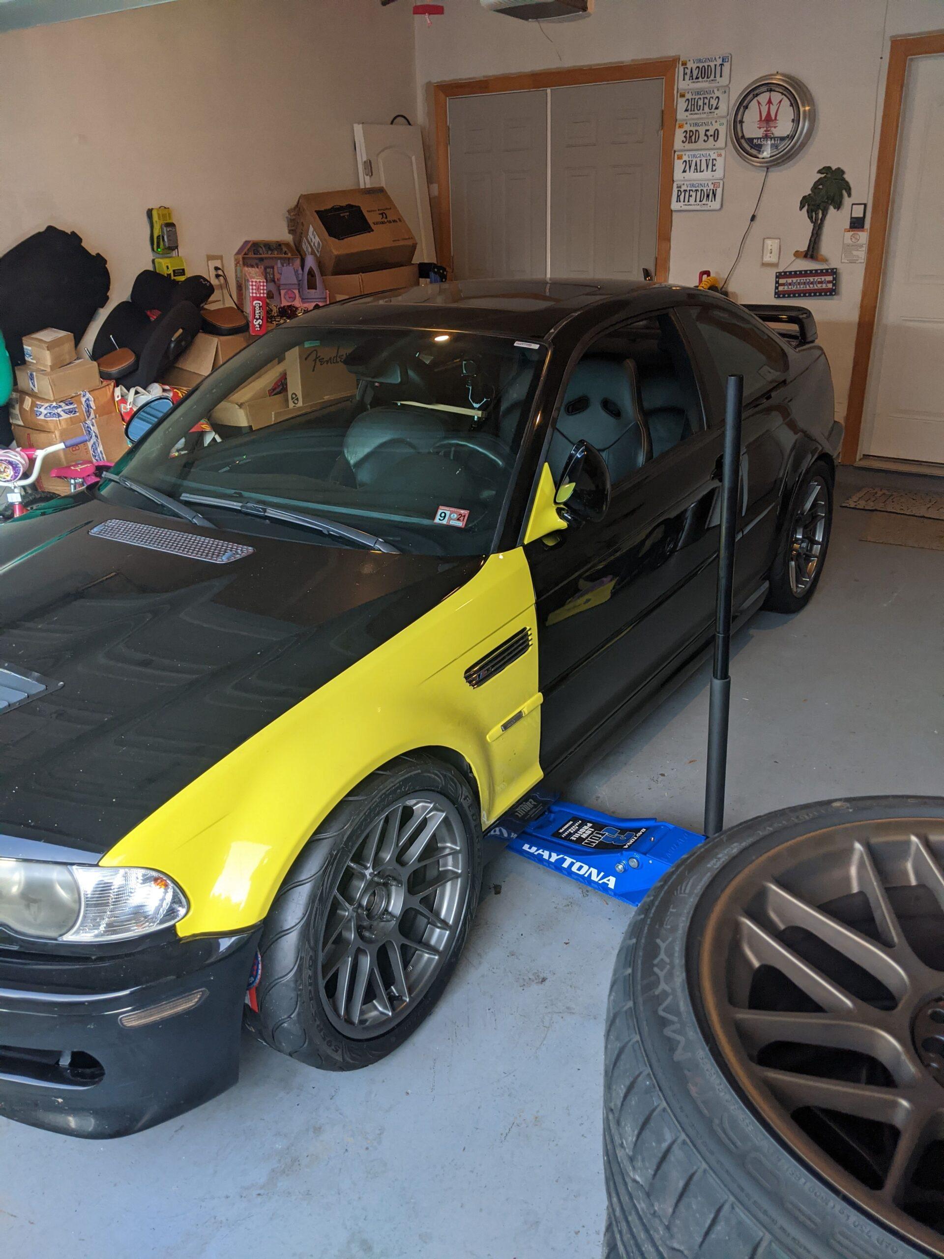 Josh's black E46 M3
