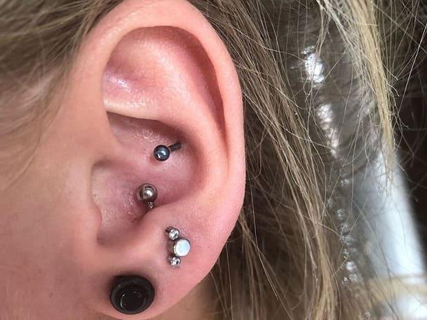 anti tragus piercing price