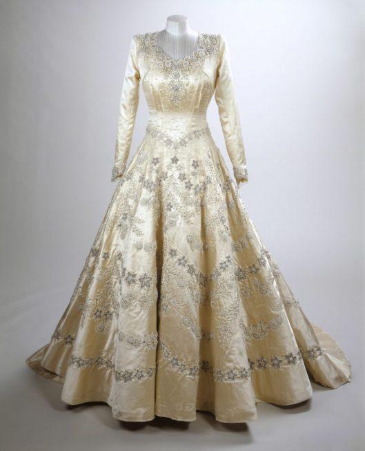 Princess Elizabeth'€™s wedding dress, 1947, Norman Hartnell Royal Collection Trust / (C) Her Majesty Queen Elizabeth II 2016.