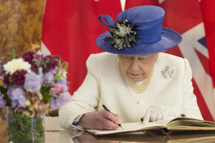 queen elizabeth ii of canada