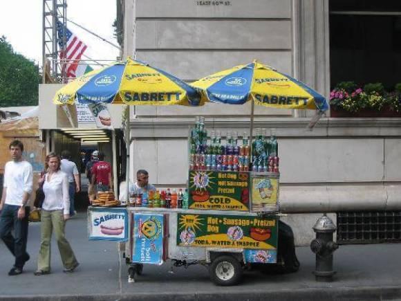 Sabrett_Hotdog-New_York_City