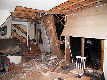 damage_done_to_the_house_in_the_Be_er_Tuvia_region
