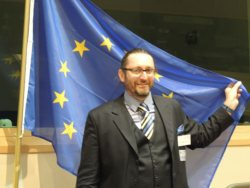 Chris-Knowles-European-Parliament-500