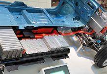 320px-Nissan Leaf 012