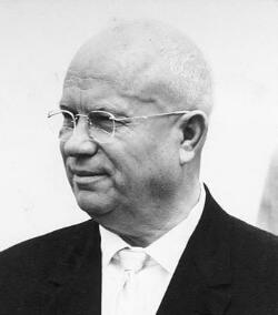 Bundesarchiv Bild 183-B0628-0015-035 Nikita S. Chruschtschow