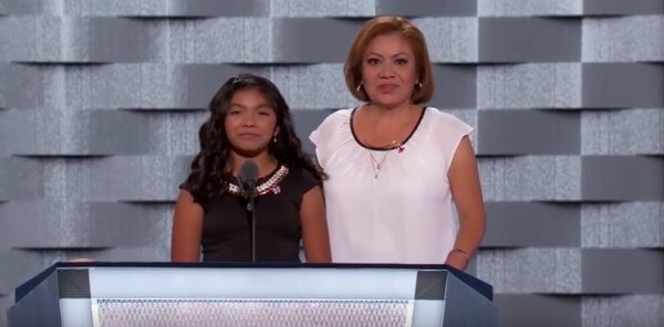 Karla Ortiz and her mother