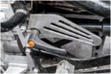 Передача заднего хода включается отдельным рычагом — как на мотоцикле Днепр с коляской!