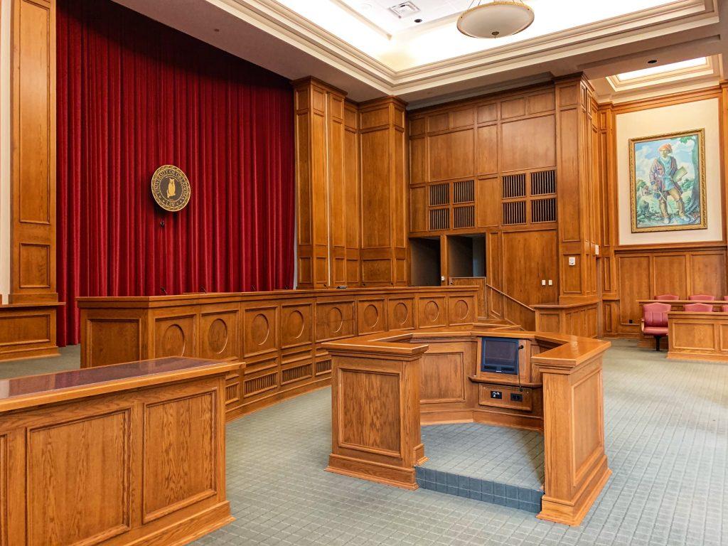 El Tribunal Del Jurado Y Todo Lo Que Conlleva