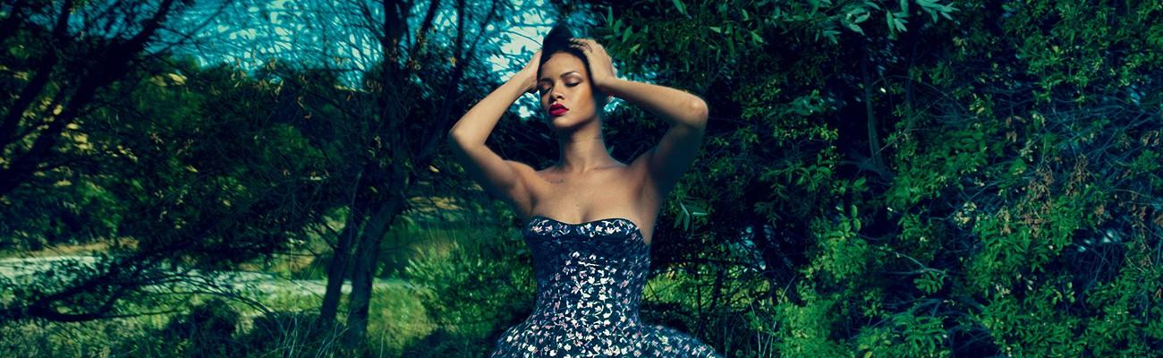 Photoshoot & cover story: Rihanna for Vogue magazine