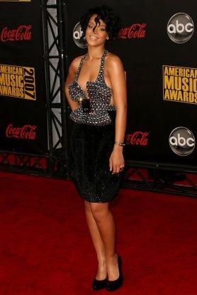 2007+American+Music+Awards+Arrivals+dGMhHDh3wrtx