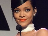Rihanna honors Tom Ford at the amfAR Inspiration Gala October 29, 2014 rihanna-fenty.com