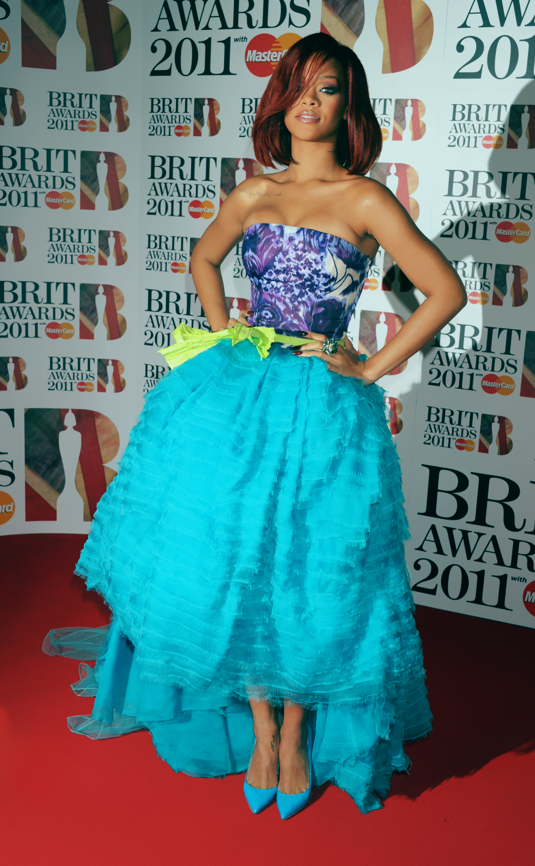 ac11088106e8 The Brit Awards Ceremony took place on February 15th, 2011 at London's O2  Arena. This night was such an iconic night for Rihanna.