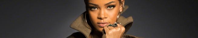 Rihanna wins Hollywood Music in Media Award
