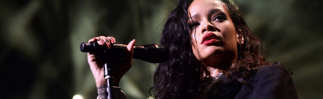 Rihanna to perform at the 2016 MusiCares Person of the Year Tribute