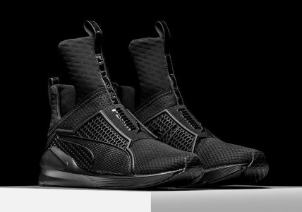 rihanna-puma-fenty-trainer-blackout-3