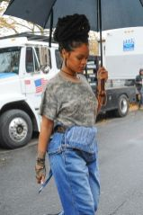 Rihanna steps out on the set of Ocean's Eight on November 9, 2016 wearing overalls