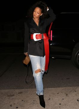 Rihanna dines at Giorgio Baldi on December 20, 2016 Santa Belt