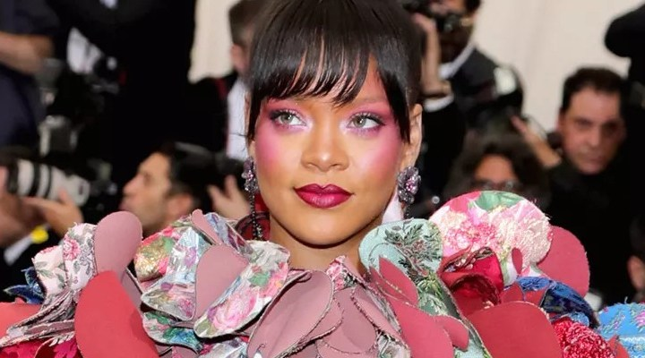 Rihanna wins 2017 Met Gala