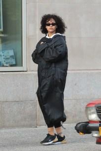 Rihanna at a gym in New York on October 21, 2017 Maxi coat