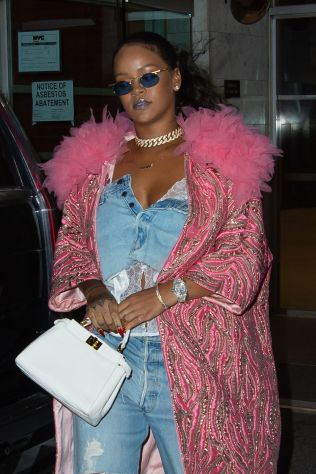 Rihanna out in New York City on May 5, 2018 Office Building