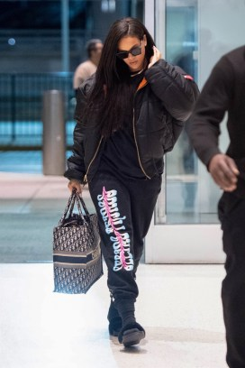 Rihanna leaves New York on June 7, 2018 looks