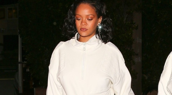 Rihanna dines at Giorgio Baldi with her manager